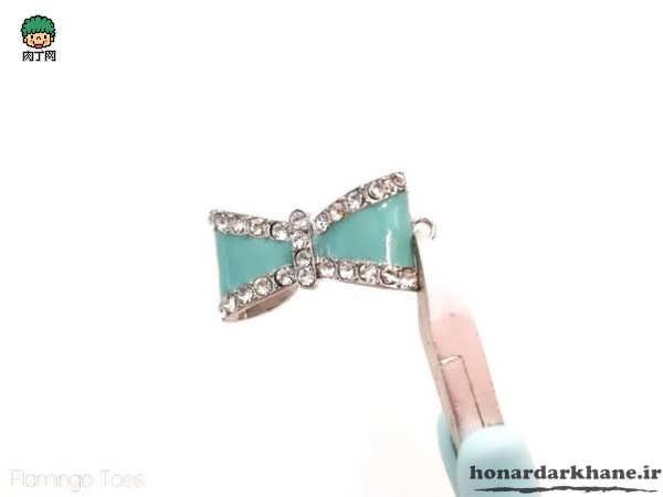 Making Jewelery (4)