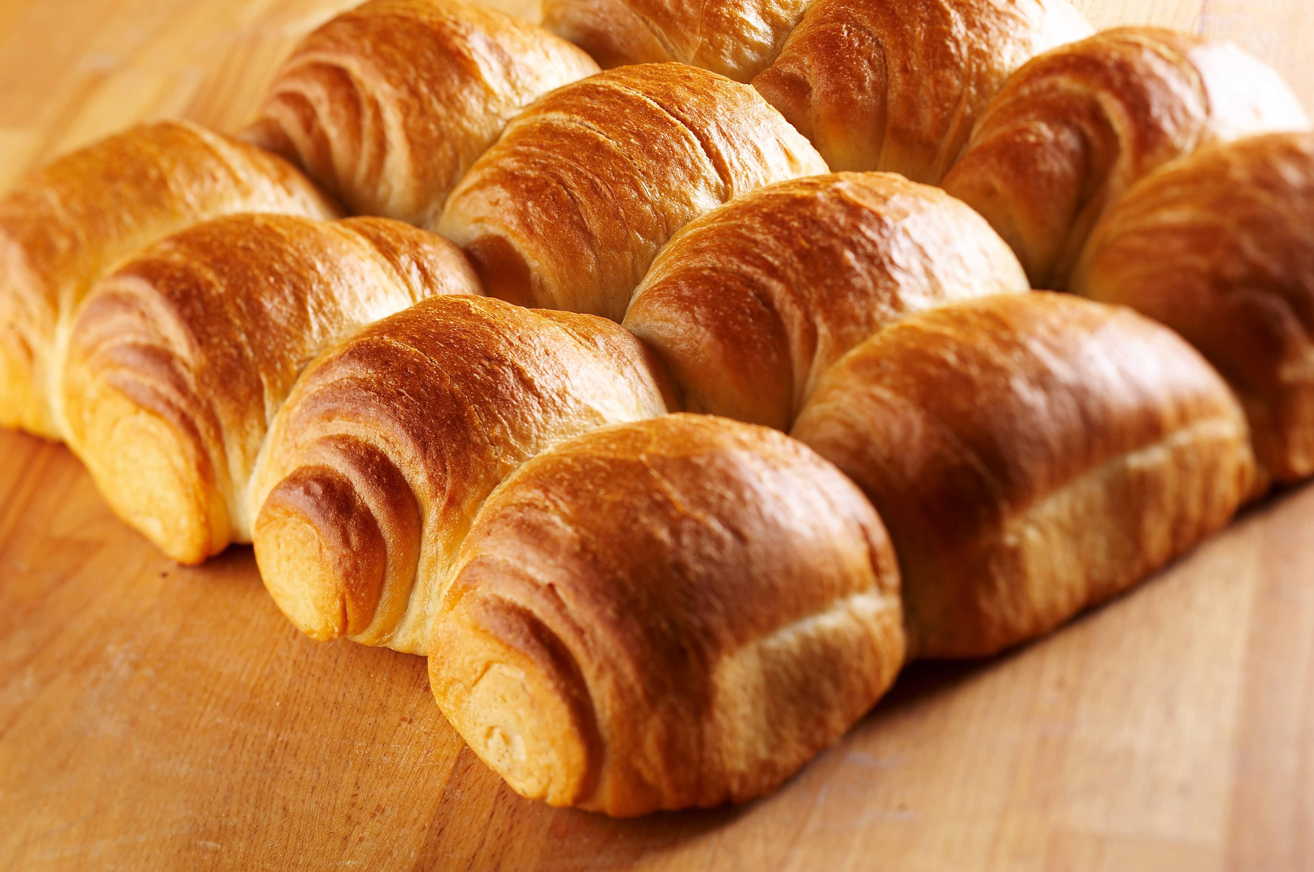 طرز تهیه شیرینی دانمارکی خانگی (گل محمدی) با تصویر