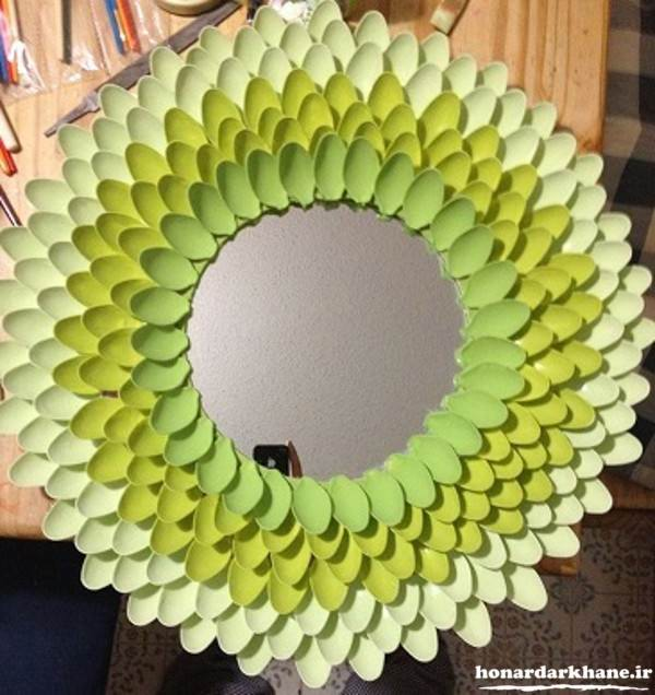 تزیین آینه با وسایل دور ریختنی