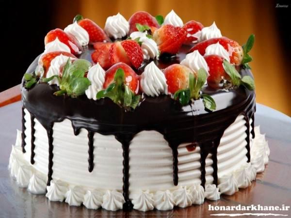 تزیین کیک تولد