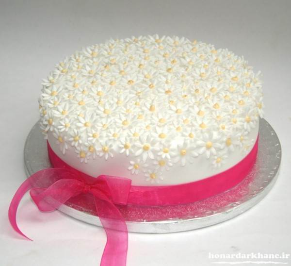 تزیین کیک تولد خانگی