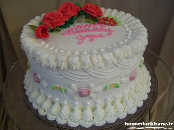 تزیین کیک با خامه