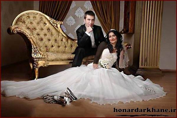 Bride and groom pose (26)