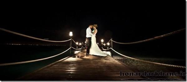 ژست عکس عروس و داماد در شب