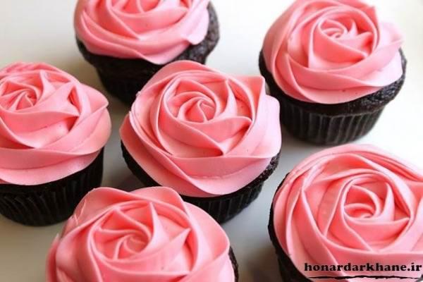 تززین جذاب کاپ کیک به شکل گل