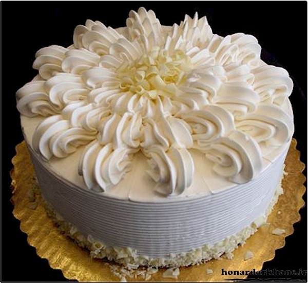 طرز تهیه خامه کیک قنادی برای تزیین کیک تولد در منزل