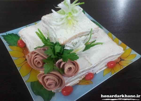 تزیین زیبای کیک مرغ دوطبقه