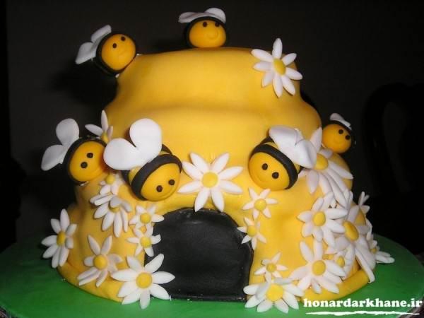 تزیین کیک با تم زنبور عسل