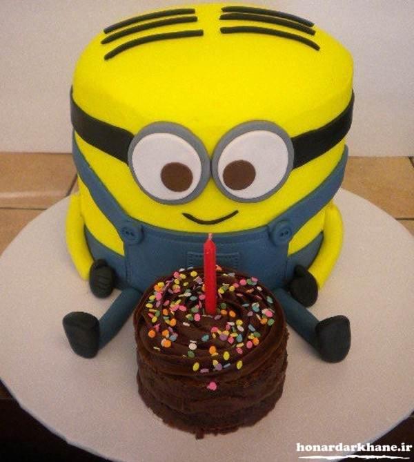تزیین کیک با طرح مینیون