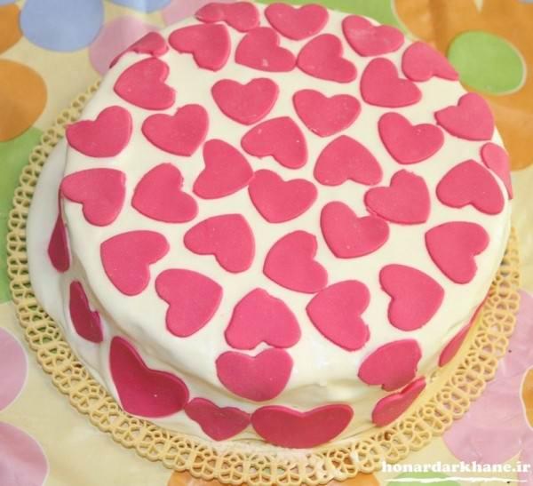 تزیین ساده کیک با فوندانت