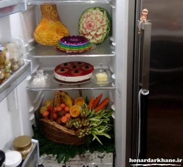 تزیین ساده داخل یخچال عروس