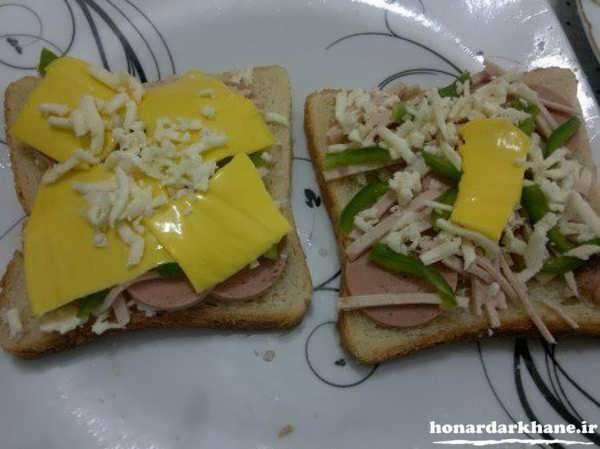 اسنک کالباس با ساندویچ ساز