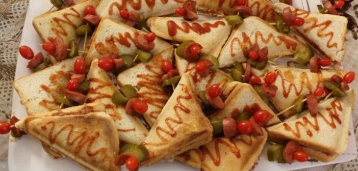 طرز تهیه اسنک با طعم های مختلف با ساندویچ ساز برای مهمانی