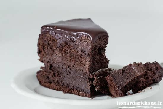 کیک شکلاتی ساده و خوشمزه