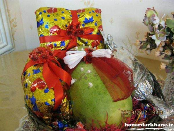 تزیین کادو شب یلدا عروس
