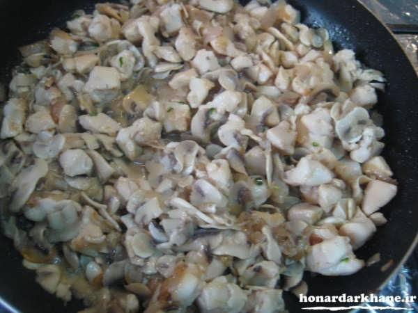 طرز تهیه پیتزا مرغ و قارچ