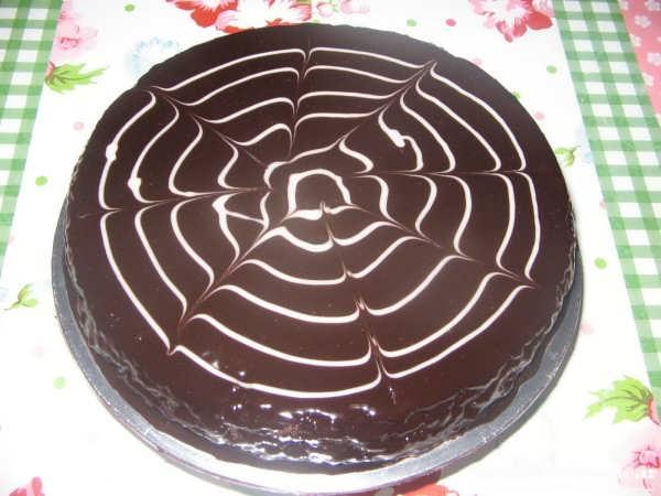 تزیین کیک زبرا با گاناش