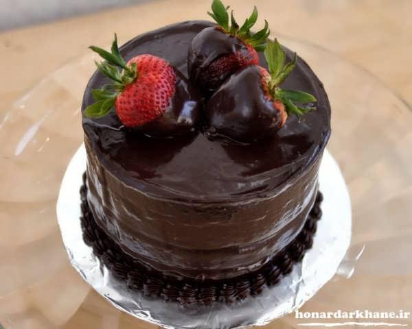 تزیین کیک خانگی با گاناش