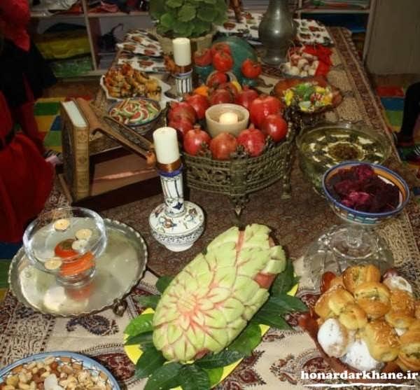 عکس میز شب یلدا سنتی