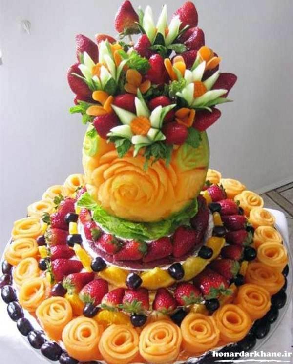 تزیین میوه های شب یلدا عروس