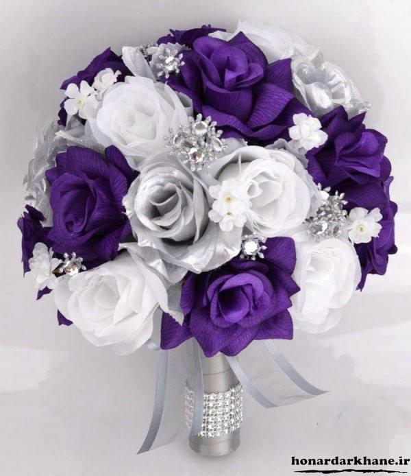 مدل دسته گل عروس بنفش و سفید