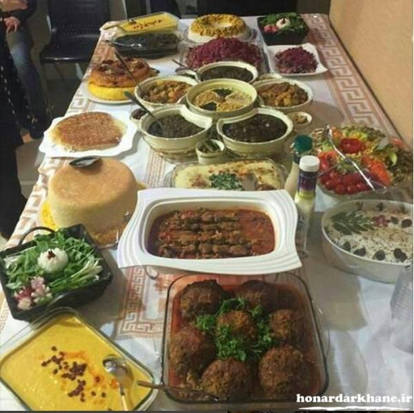 تزیین زیبای میز غذا