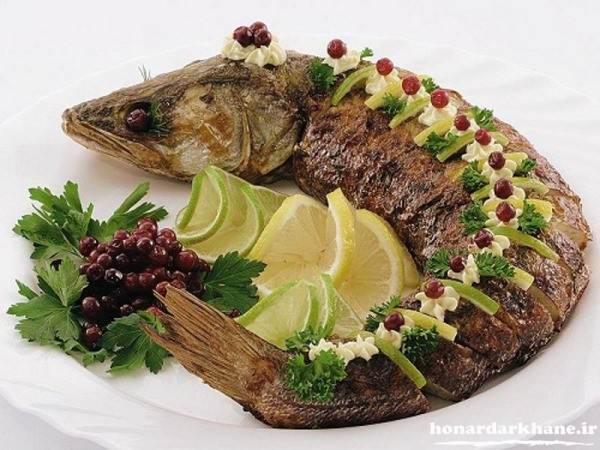 تزیین زیبای ماهی شکم پر