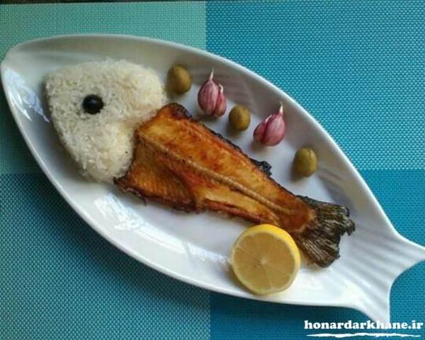 تزیین ماهی سرخ شده