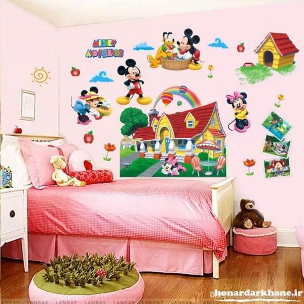 تزیین اتاق کودک با عروسک و وسایل ساده