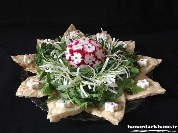 تزیین نان پنیر سبزی عروس