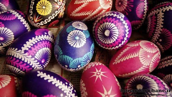 رنگ کردن تخم مرغ سفالی