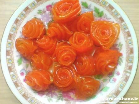 طرز تهیه مربای هویج به شکل گل رز