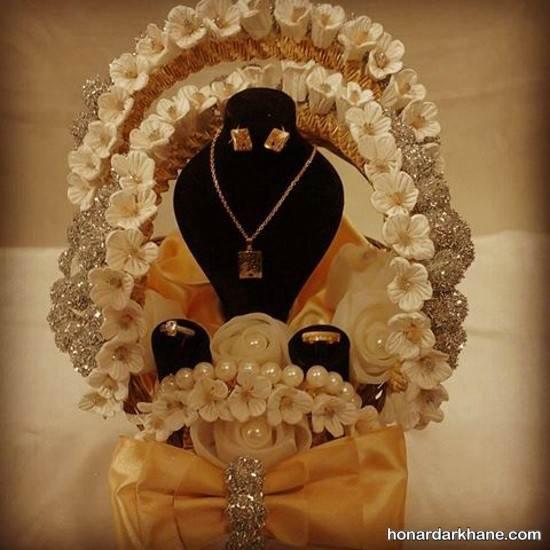 تزیین جواهرات عروس