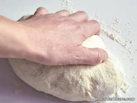 مراحل پختن نان بربری در خانه