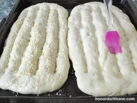 طرز تهیه خمیر برای نان بربری