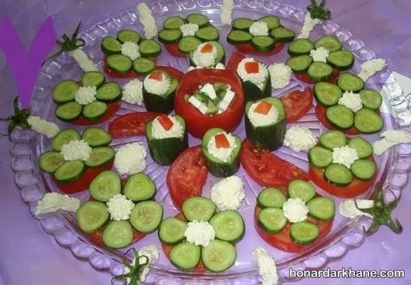 تزیین گوجه و یار برای صبحانه