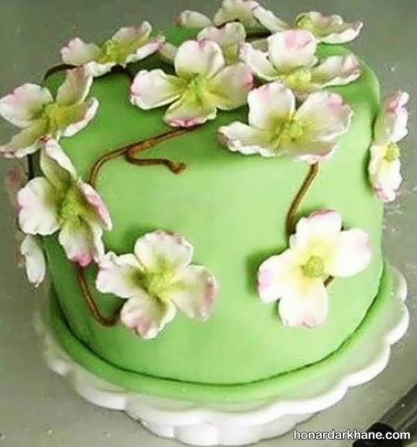 تزیین کیک سبز برای عید غدیر