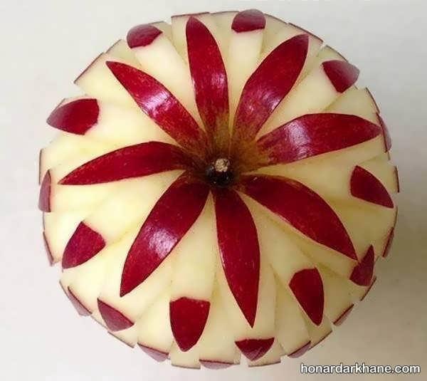 حکاکی روی سیب