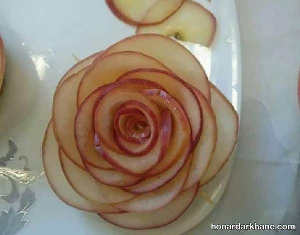 تزیین سیب به شکل گل رز