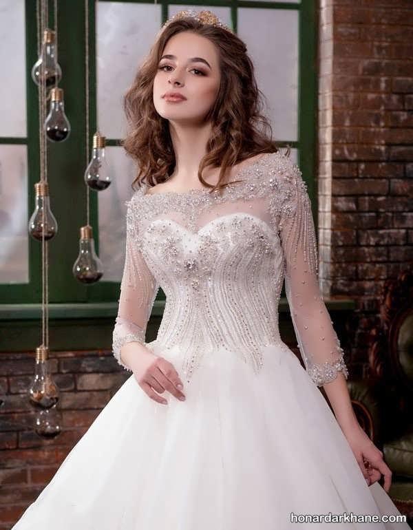 لباس عروس با آستین توری