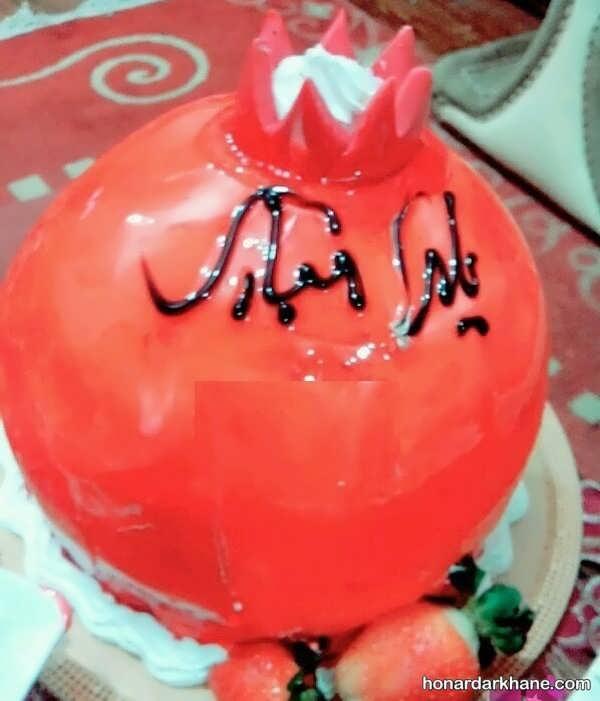 تزیین کیک شب یلدا به شکل انار