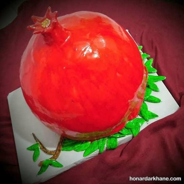کیک انار برای شب یلدا