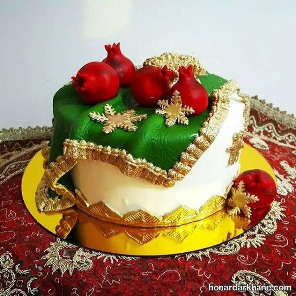کیک تزیین شده برای شب یلدا
