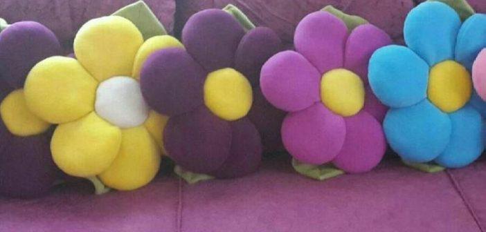 دوخت کوسن مبل به شکل گل با طرحی زیبا و جدید
