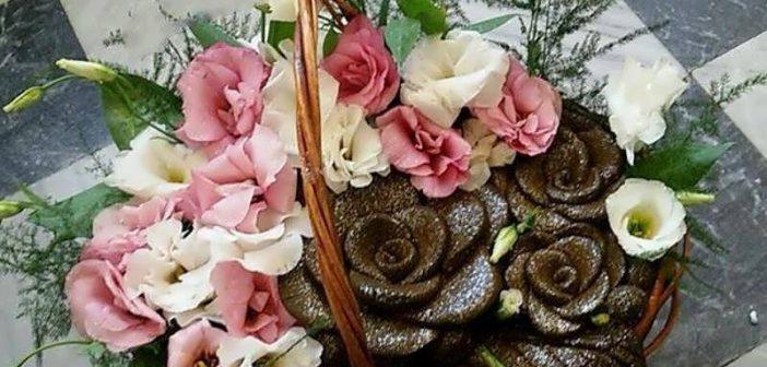 تزیین سبد حنا عروس برای جشن حنابندان با گل و مروارید
