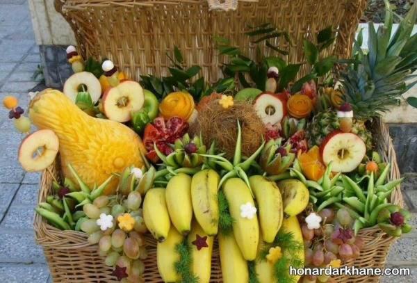 میوه ارایی داخل صندوق