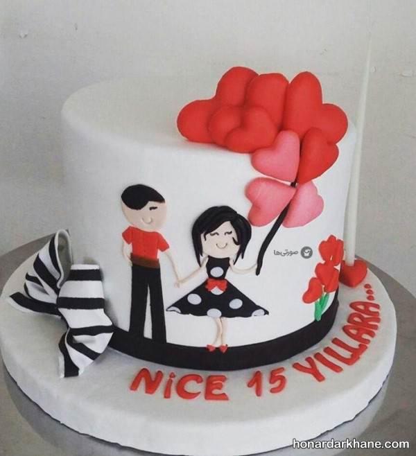 تزیین کیک ولنتاین دونفره