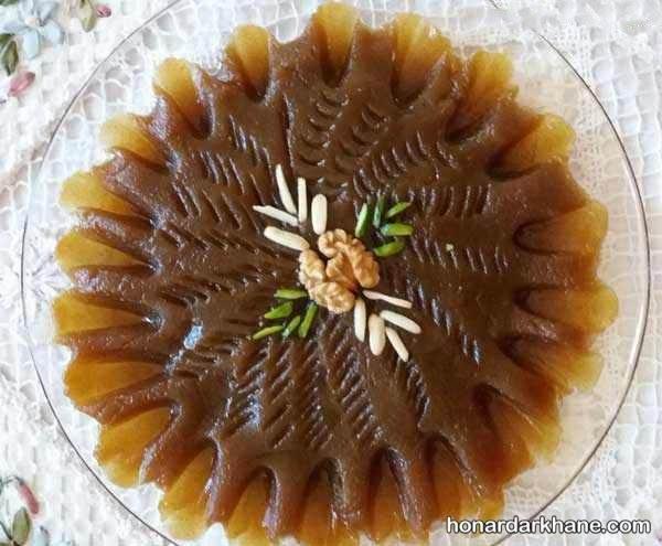 تزیین روی حلوا با سیخ کباب