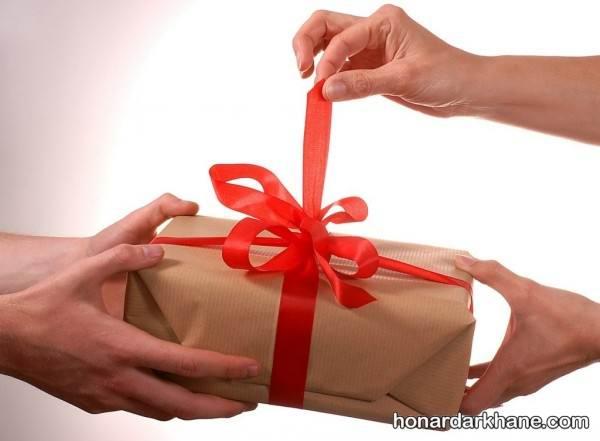 بهترین هدیه روز مرد و ایده هایی برای تزیین هدایای روز مرد