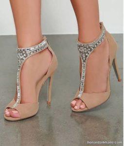 کفش مجلسی با پاشنه مناسب